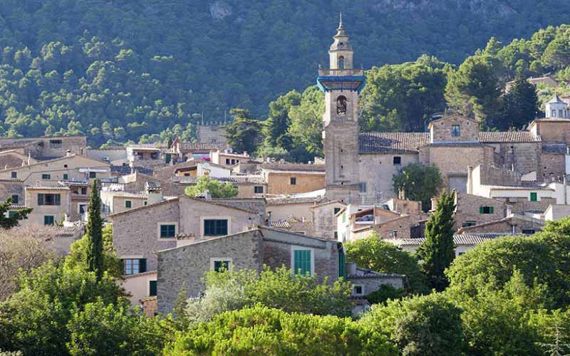 Views Pueblo Valldemosa